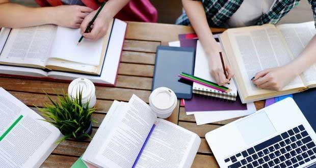 Australian-award-scholarship-programs