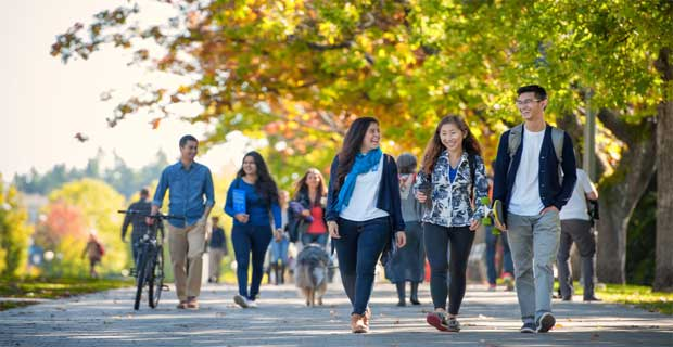 canadian universities for Pakistani students